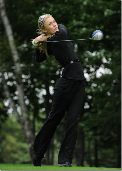 Zo Clips: Meet Blair O Neal: The Sexy Queen of Golf